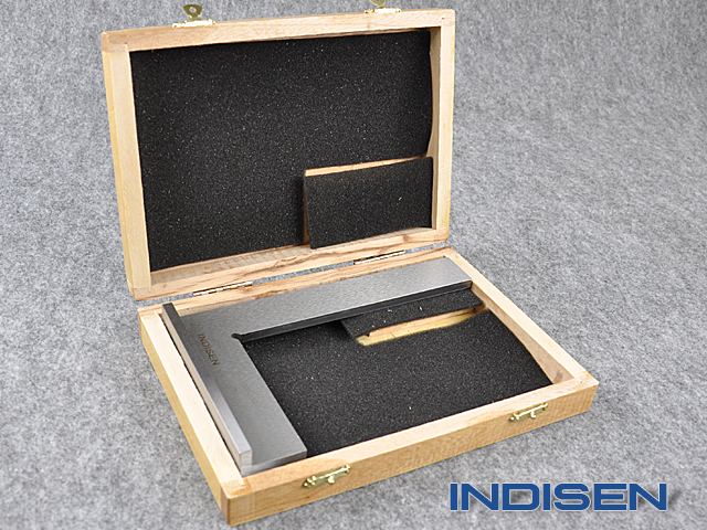 Square with base INDISEN, typ 6010